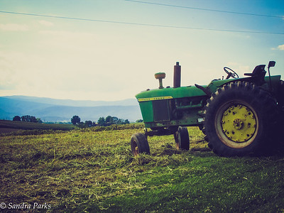 8-22-16: Tractor with a view,