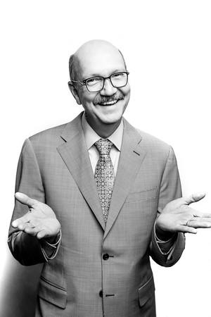 Dr. Robb Akridge