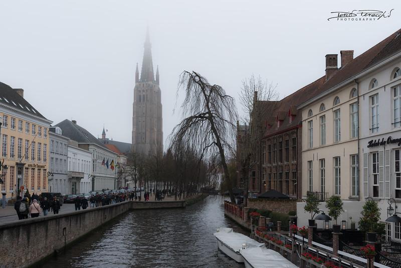 Brugge Nella Nebbia
