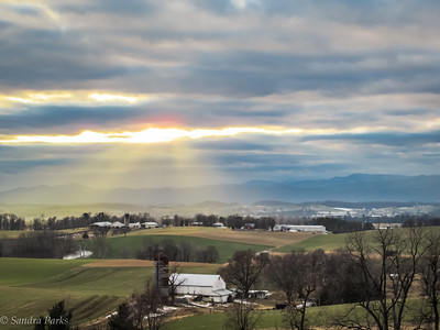 2-6-18: Mountains and clouds and random rays of sunlight