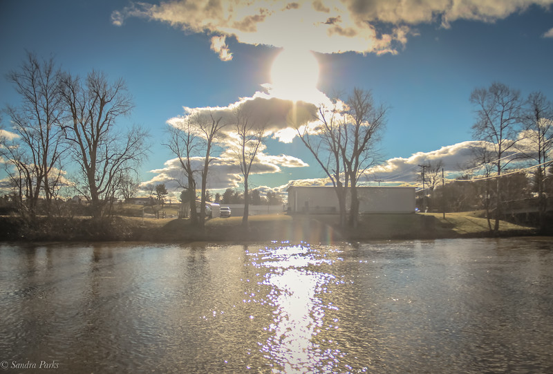 1-24-19 Sunshine on water, and white fluffy clouds. Things that make me happy.