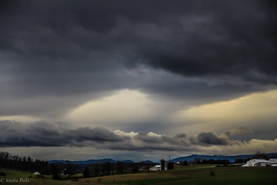 12-10-19: Mountains and clouds