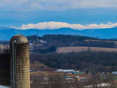 2-27-21: Mountains and clouds, from Mole Hill looking east