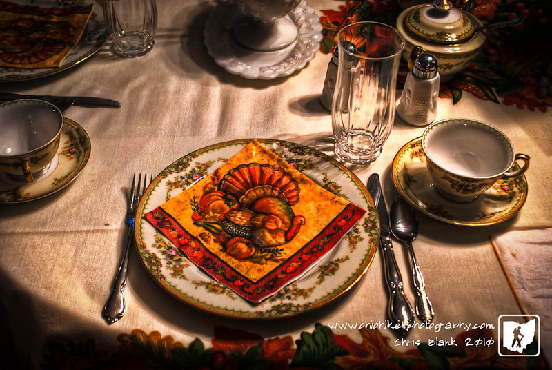 Walked into my grandmother's for Thanksgiving dinner this afternoon and the place settings were outstanding as well as the food.  Great afternoon with family.  Happy Thanksgiving everyone.