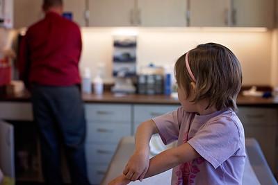 utah-documentary-family-photography-broken-arm