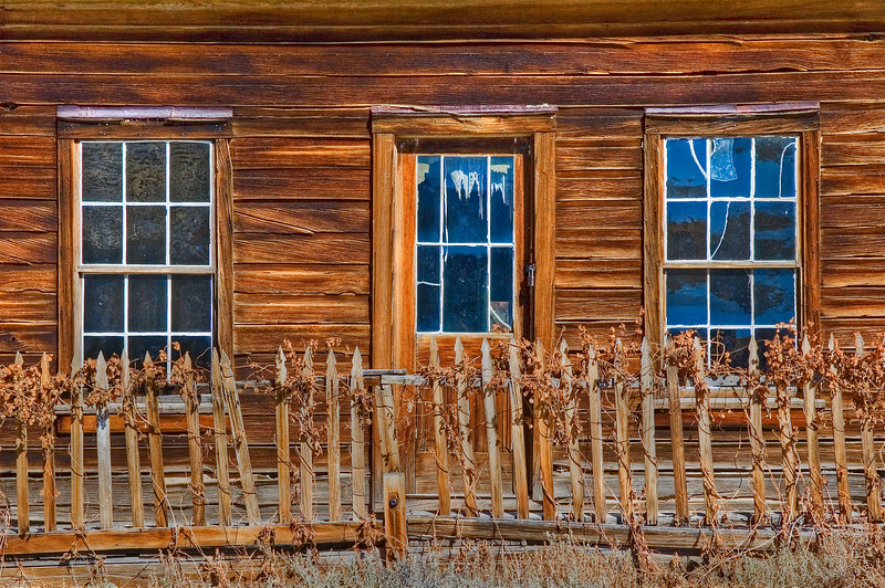 Bodie House with Fence