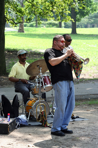 <CENTER>One of the many Central Park Musicians</CENTER>