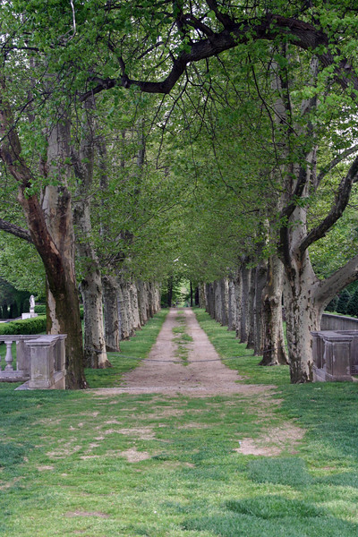 <CENTER>Oheka Castle</CENTER>