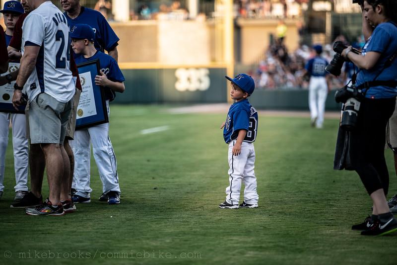 Dirk Nowitzki Celebrity Baseball-19