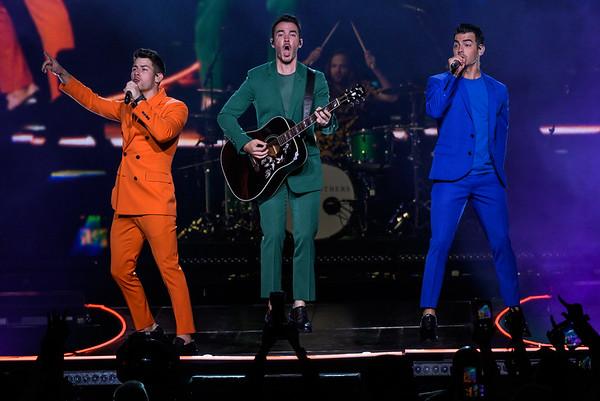 Jonas Brothers-4