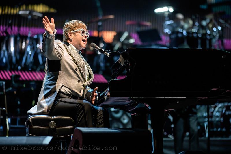 Elton John-210