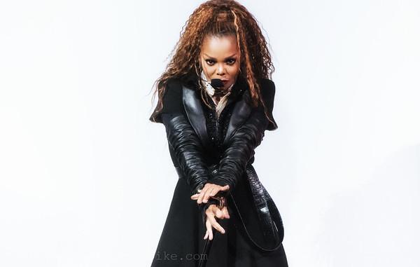 Janet Jackson-33