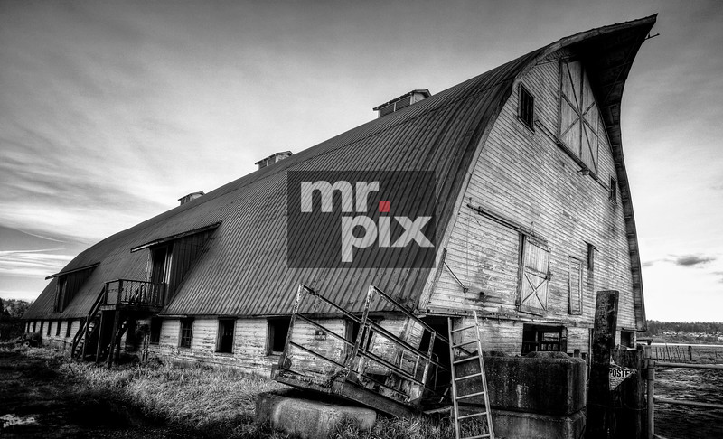 old architectural photography. Old Red_ Barn In The SnoQ Valley - Photo By: © Michael Moore MrPix Architectural Photography