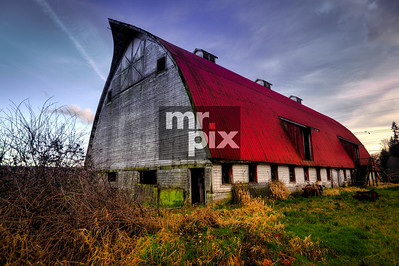 Old Red Dairy Barn, in the valley - photo: © michael moore - MrPix.com