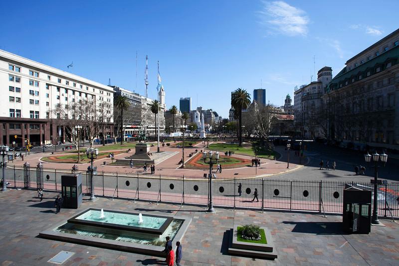 BUENOS AIRES CAPITAL. CASA ROSADA. VIEW FROM THE BALCONY OF EVA PERON. PRESIDENTIAL PALACE. [CASA DE GOBIERNO] BUENOS AIRES.