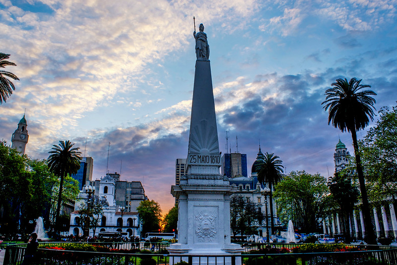 BUENOS AIRES. PLAZA DE MAYO (MAY SQUARE). SUNSET. MAY PYRAMID.