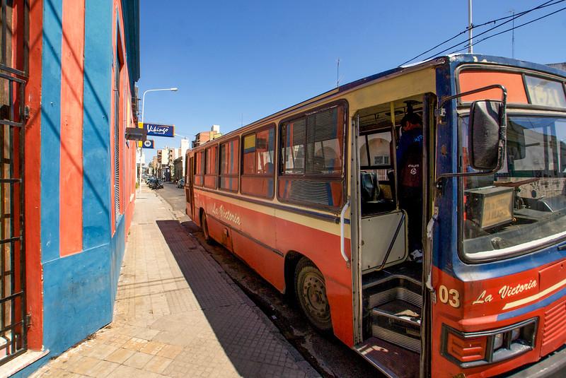 PARANA. ENTRE RIOS. BUS LA VICTORIA (03) STOPS AT CORRIENTES & VICTORIA.