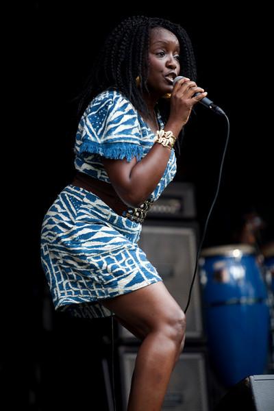 KAISSA. [CAMEROON]. AT THE HAGUE AFRICAN FESTIVAL. 2010. [3].