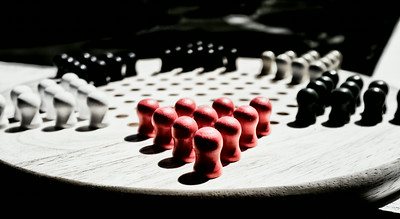 Lets play some chinese checkers
