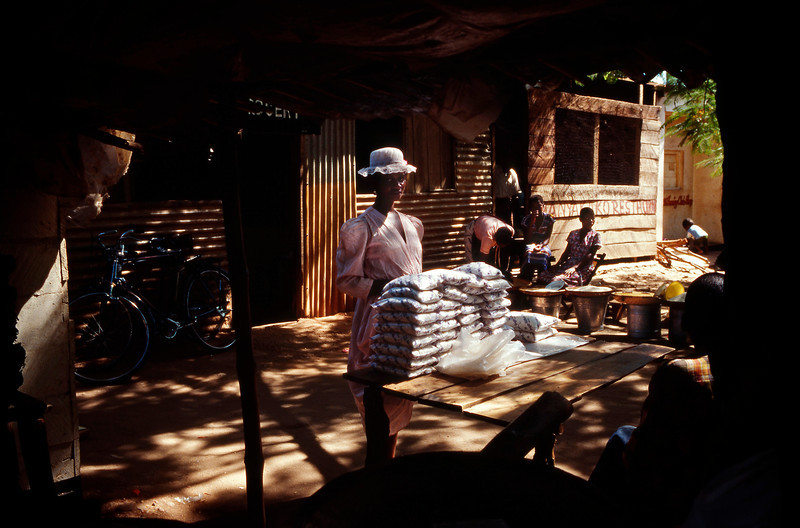 Boma market, Malawi (1994) © Copyrights Michel Botman Photography