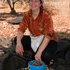 Sarie, Machres's older married daughter