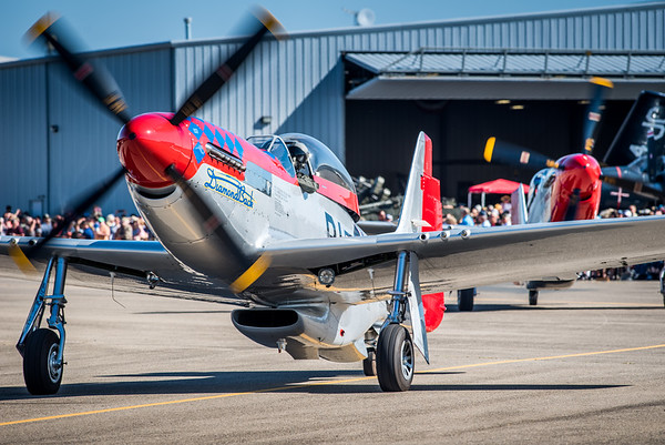 P-51 S Turn in front of the crowd