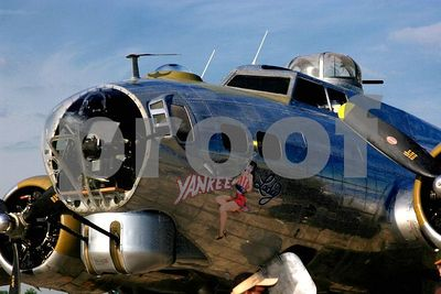 (Thunder over Michigan 2005, Willow Run Airport in Ypsilanti, Michigan)