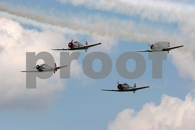 Squadron of WWII fighters (Thunder over Michigan 2005, Willow Run Airport in Ypsilanti, Michigan)
