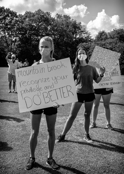 Do better!  Mountain Brook rally for justice and BLM, June 4, 2020