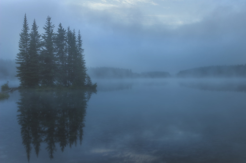 Fog over Two Jack Lake (Banff National Park)