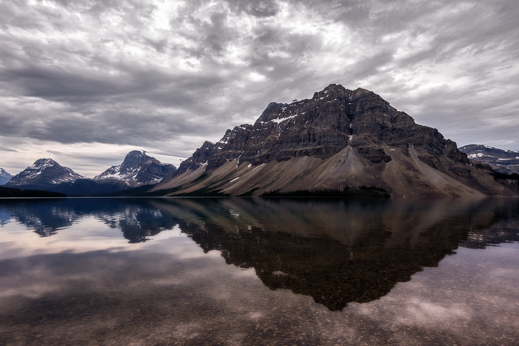 Mount Crowfoot over Bow Lake (Banff National Park)