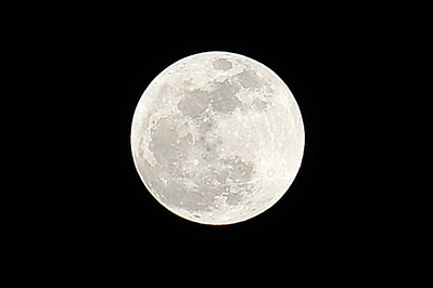 """The Super Moon"". Closest the moon has been to earth in 1,000s of years. Taken April 2012."