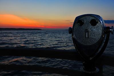 Theme: 25 cent binoculars. Hilton Head, SC.