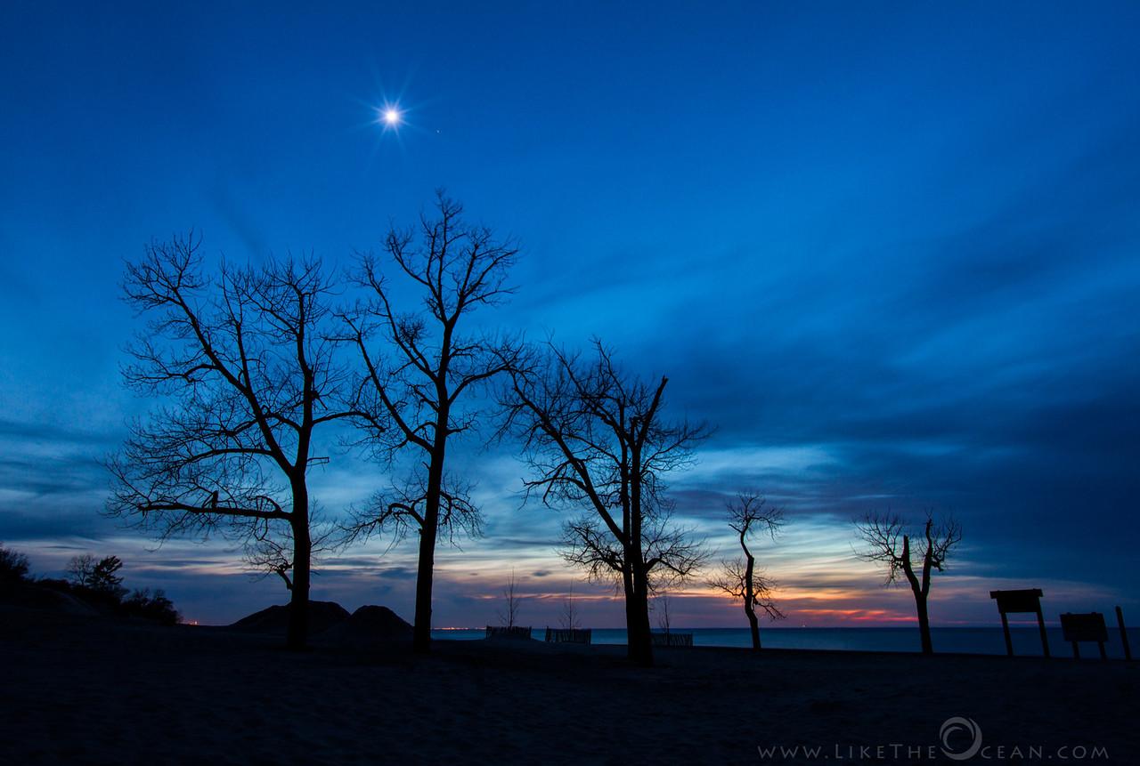 Sunset & Moon rise @ Indiana Dunes