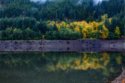 Fall Colors Reflections @ Santiam Hwy