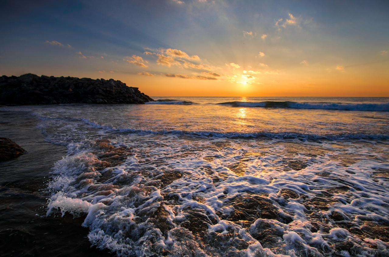 Golden Sunrise @ Mahabs