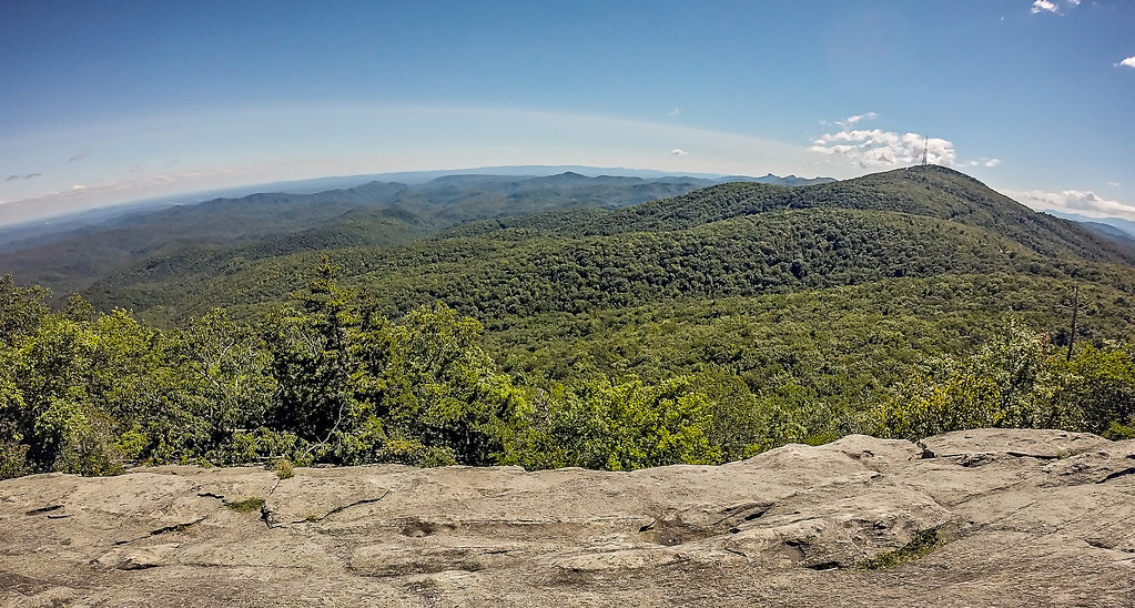 beacon heights blue ridge mountains north carolina