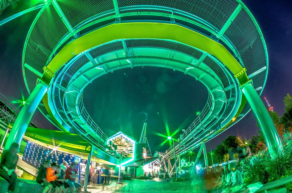 rollercoaster rides at an amusement park in south carolina