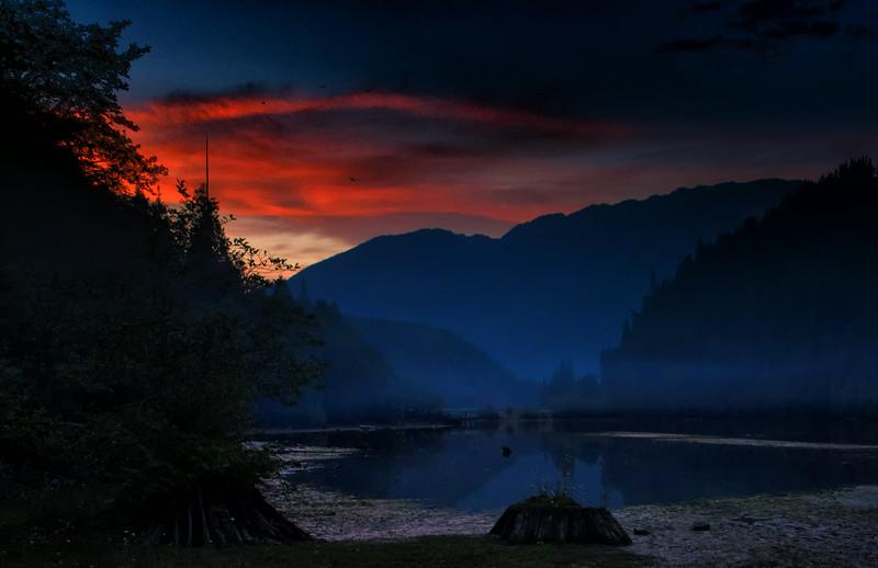 Sunset over Diablo Lake