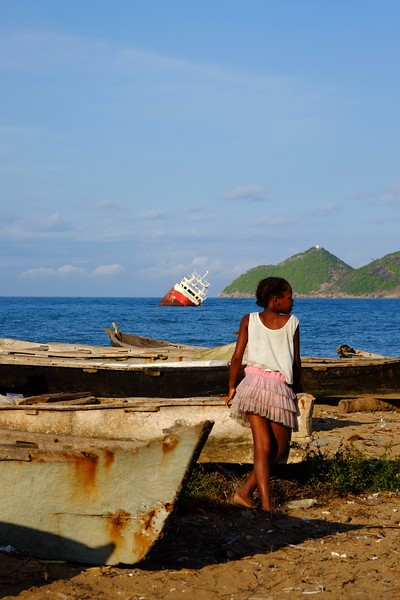 2019 | Alto como o silêncio [São Tomé e Príncipe]