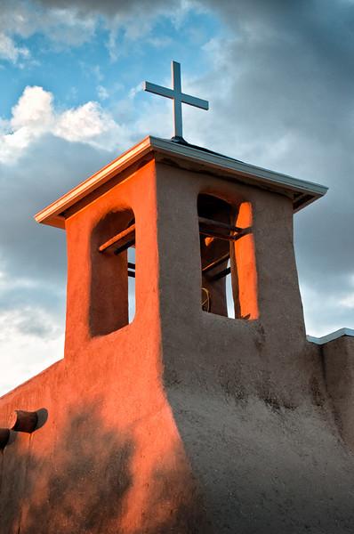 Taos, St. Francis de Asis Mission Church at sunset