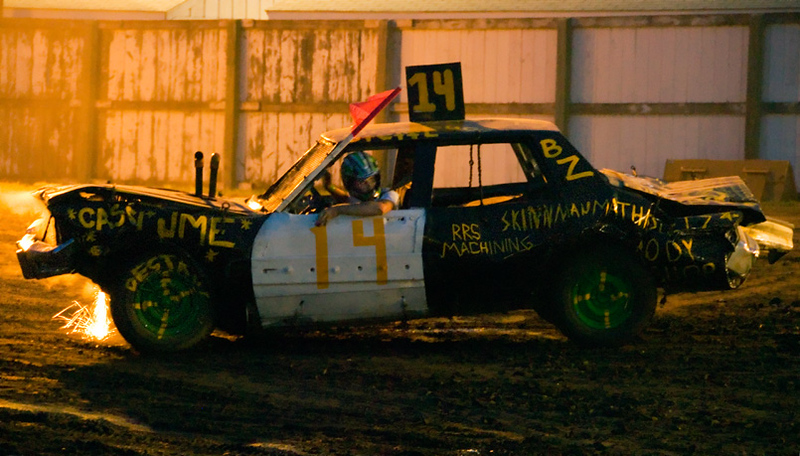 Demo derby, guy waiting for help
