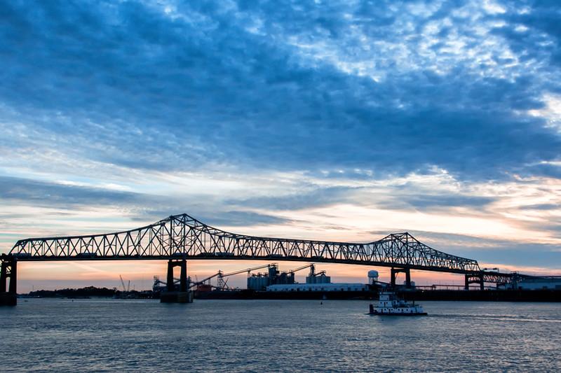 Baton Rouge bridge over Mississippi