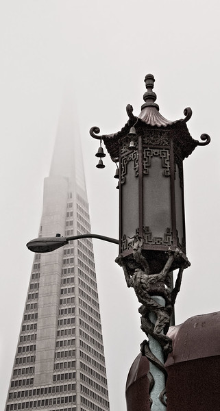 Trans America tower, viewed from Chinatown
