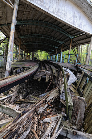 Coaster Boarding Station - Chippewa Lake Park