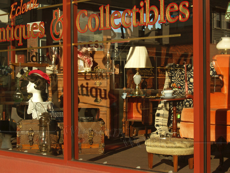 Eclectic Antiques and Collectibles - Quakertown, PA