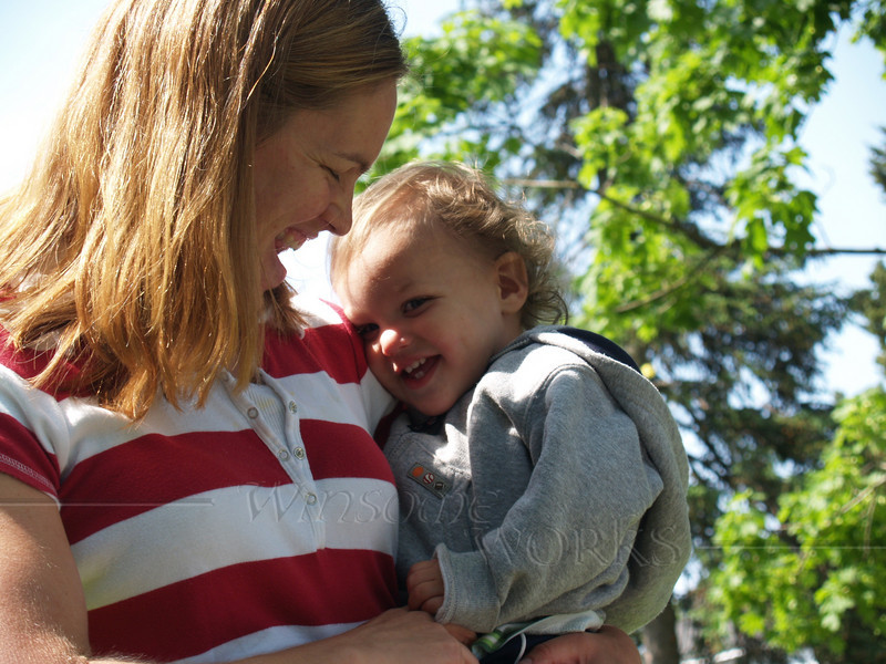 I wuv my mommy (Amelia & Gabriel)