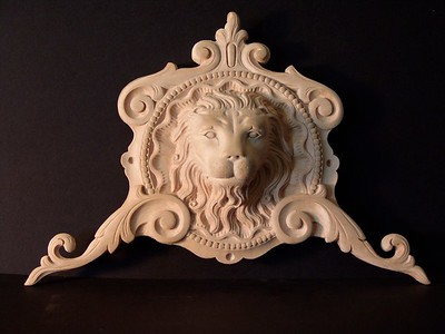 Lion / arched door ornament