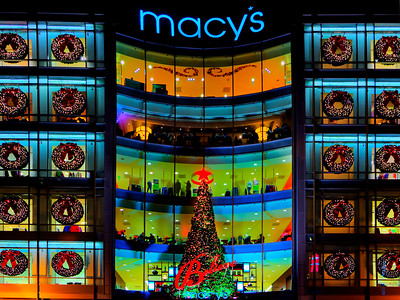 Macy's during Christmas - © Simpson Brothers Photography