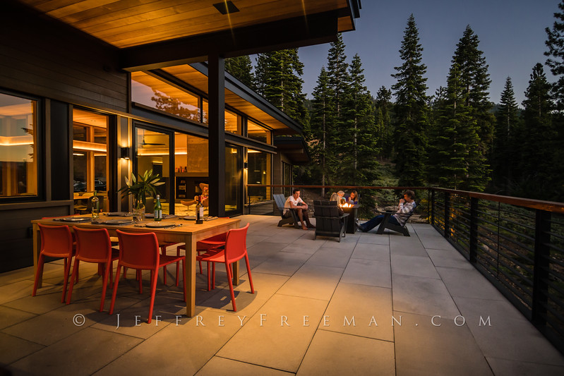 Outdoor living with the fire pit